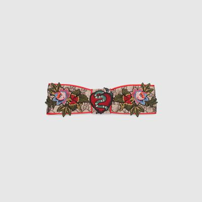 "<a href=""https://www.gucci.com/au/en_au/pr/women/womens-accessories/womens-silks-scarves/limited-edition-silk-headband-p-4628113G2609674?position=7&amp;listName=SearchResultGridComponent"" target=""_blank"" draggable=""false""><strong>Gucci </strong></a>limited edition silk headband $425<br>"