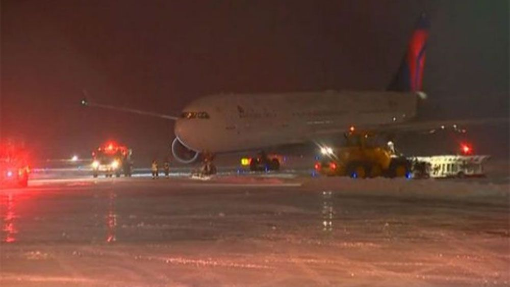 The plane was confirmed to be carrying the Minnesota Vikings NFL team. (Channel3000)