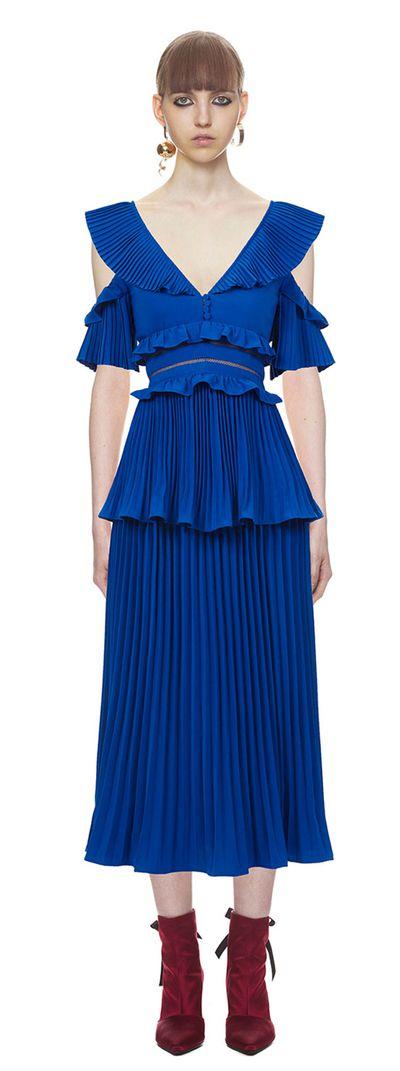 "<a href=""Self Portrait, Pleated Colbalt dress, $570 "" target=""_blank"" draggable=""false"">Self Portrait Pleated Cobalt Dress, $570&nbsp;</a>"