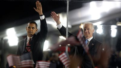 Obama and Biden present a united front