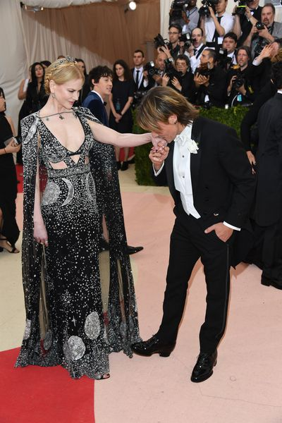 Keith Urban and Nicole Kidman in Alexander McQueen at the 2016 Met Gala 'Manus x Machina: Fashion in an Age of Technology'