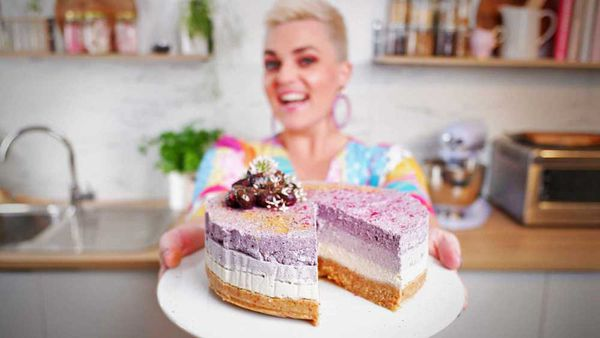 Jane de Graaff's stunning blueberry and lime ombre vegan cheesecake