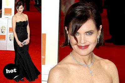 The <i>Downton Abbey</i> MILF looks just as beautiful in real life.