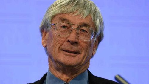 Dick Smith 'angry' at PM over Coalition plan to protect tax details of large companies