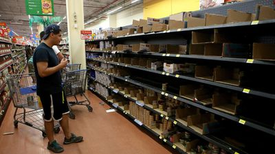 Grocery stores sold out of some foods as Puerto Vallarta residents  prepared for the disaster. (AFP)