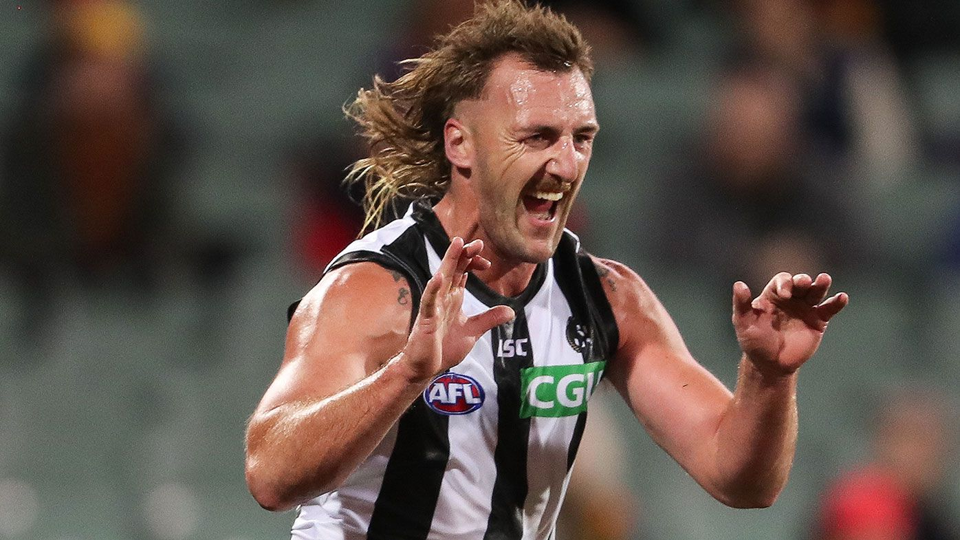 Collingwood survive major scare from winless Crows