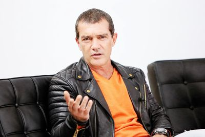 "Spanish actor Antonio Banderas will play Italian designer Gianni Versace in Danish director Bille August&rsquo;s biopic on the man who helped define '90s excess.<br /> <br /> The film will follow Gianni&rsquo;s rise to sartorial stardom in the '70s and touch on his relationship with Donatella.<br /> <br /> ""I&rsquo;ve always love Antonio Banderas as an actor and as a man; he&rsquo;s very passionate about this project,"" said August, according to film bible Variety.<br /> <br /> The director has been in touch with the Versace family about the project.<br /> <br /> This is not the only fashion film in the pipeline with Jack O&rsquo;Connell set to star in a film on the tragic life of Alexander McQueen and another Versace saga slated for television screens from <em>American Horror Story</em> producer Ryan Murphy.<br /> <br /> Here&rsquo;s a look at actors who have upgraded their wardrobes from off-the-rack to off-the-runway."
