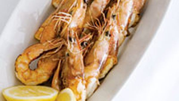 Grilled king prawns with parsley salsa and aioli