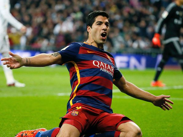 Luis Suarez celebrates one of his two goals. (AAP)