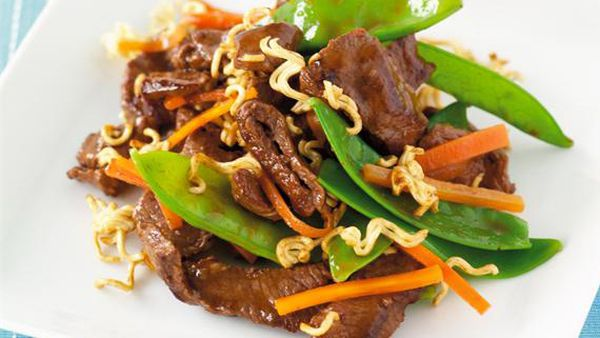 Beef and snow pea stir-fry with crunchy noodles