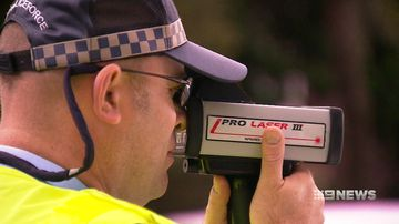 Cameras to be used to catch drivers using mobile phones
