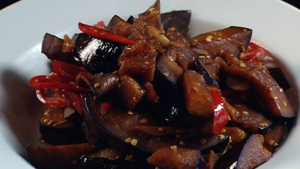 Stir-fried eggplant with red chillies