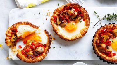 "<a href=""http://kitchen.nine.com.au/2017/04/10/17/05/mushroom-and-egg-breakfast-tarts"" target=""_top"">Mushroom and egg breakfast tarts</a>"