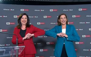 Annastacia Palaszczuk and Deb Frecklington go head to head in leaders debate