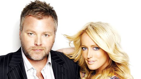 """Kyle Sandilands threatens to """"hunt down"""" journo who slagged off his talk show"""