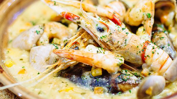 PJ O'Brien's traditional seafood chowder