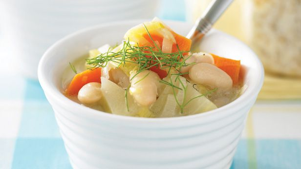 Creamy bean and vegetable soup