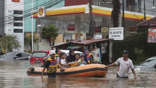 Indonesia seeds clouds in bid to prevent further rainfall after deadly floods
