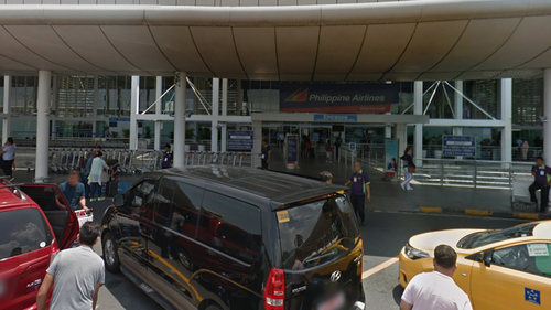 US woman had a baby in her hand luggage at Philippines airport
