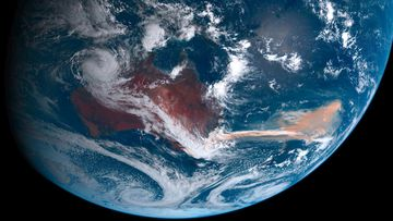 Himawari-8 satellite image showing smoke from January 2020 bushfires stretching over the South Pacific.