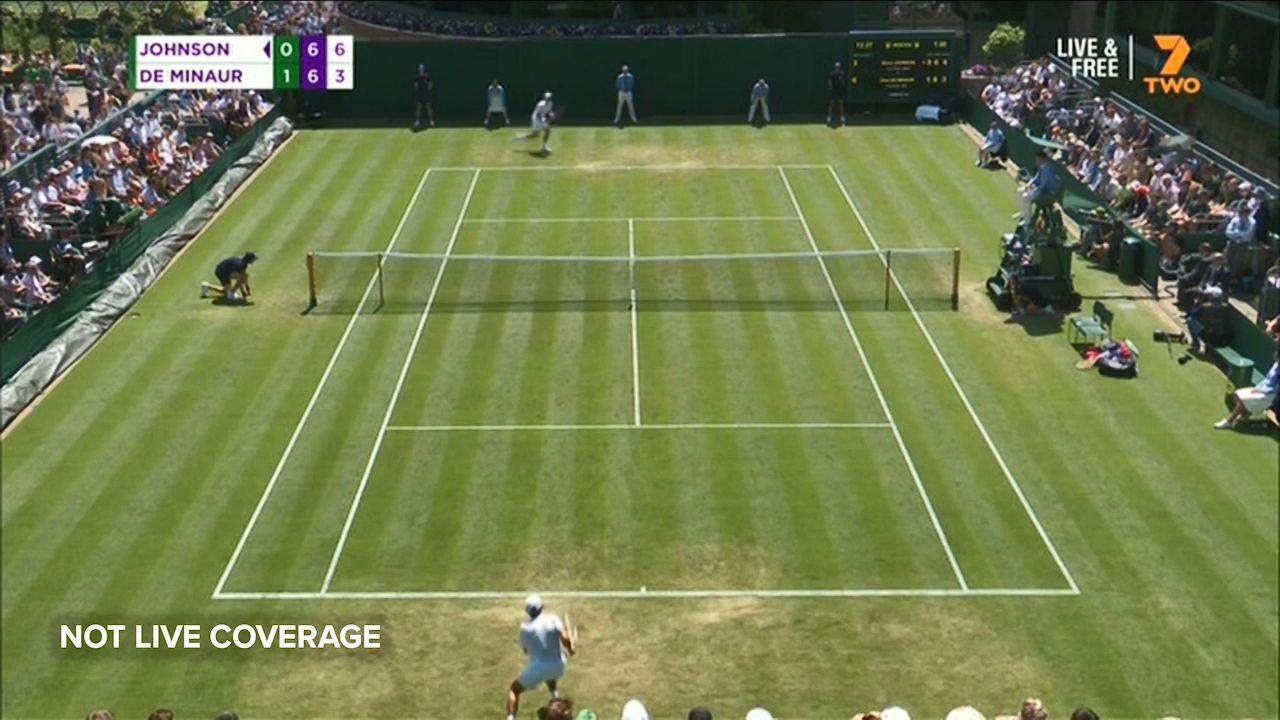 De Minaur edged out of Wimbledon in five