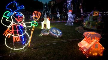 How to create a dazzling Christmas display without spending a fortune