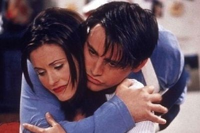 Move over Ross and Rachel!<br/><br/>Producers originally wanted Monica and Joey to be the main couple of the show... <br/>