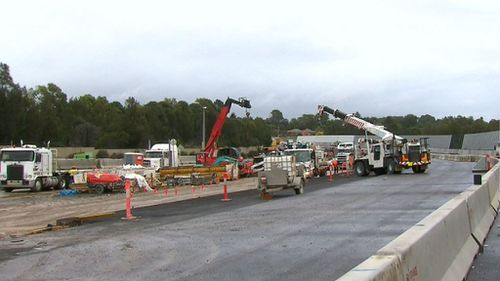 Delays mean motorists won't be able to drive on the road until early 2021. (9NEWS)