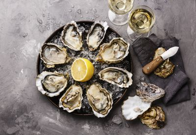 <strong>...oysters!</strong>