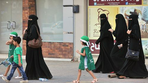 Women in Saudi Arabia divorced by their husbands will now be sent a text message to inform them of their new status.