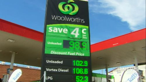 BP buys Woolworth's petrol chain for $1.8 billion