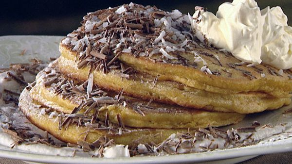 Coconut and cinnamon hot cakes