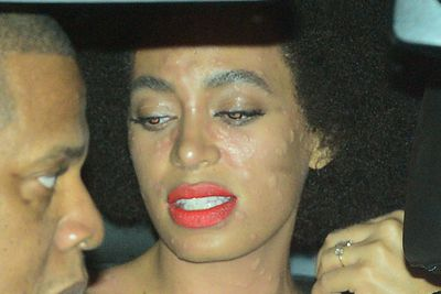 Up until then, Solange looked nothing less than perfect while tying the knot with music producer Alan Ferguson.
