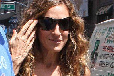 SJP's hands look like they could be her face's grandmother.