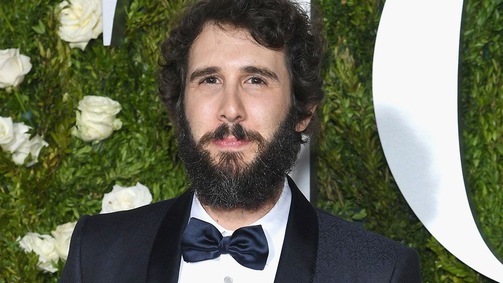 Singer Josh Groban tweets from near scene of NY attack