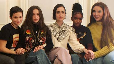 Director Zoe Lister-Jones (centre) with The Craft: Legacy stars (from left to right) Cailee Spaeny, Gideon Adlon, Lovie Simone and Zoey Luna.