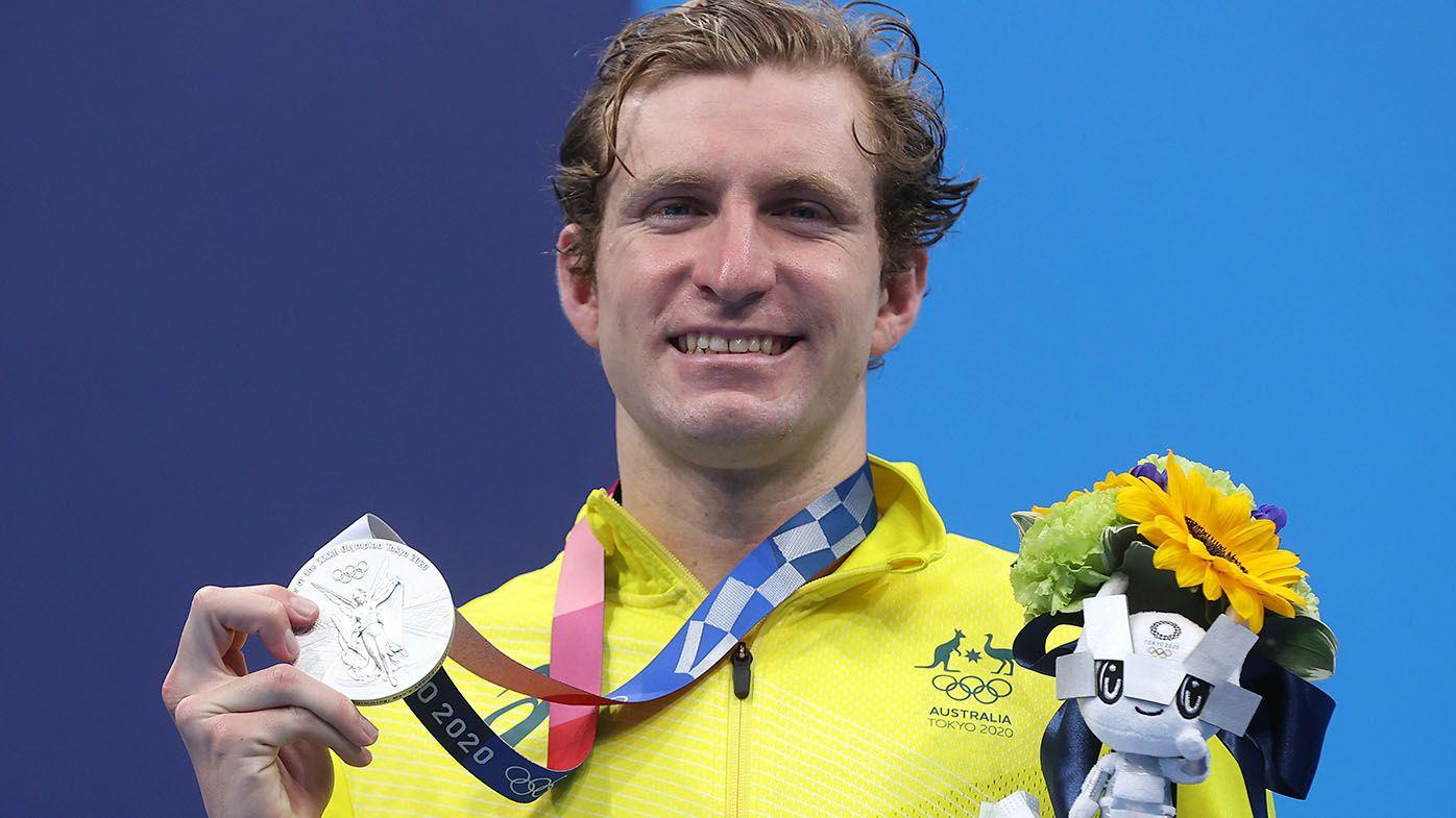 Aussie swimmers Jack McLoughlin, Mack Horton run balcony half marathons after Tokyo Olympics return