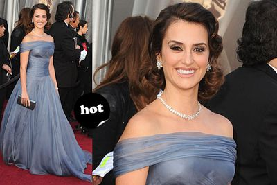 """Oh hi, Elizabeth Taylor circa 1960. <br/><br/>Spoiler alert! <a href=""""http://yourmovies.com.au/article/oscars2012/8425037/oscars-2012-moviefixs-live-results-blog"""">Head over to MovieFIX to find out who won...</a>"""
