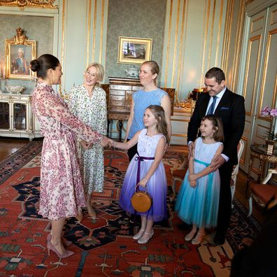Crown Prince Victoria with Emilia and her family.