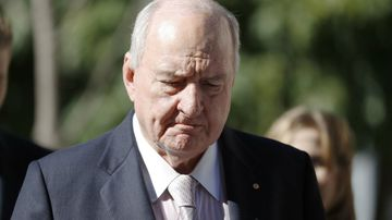 Alan Jones stands by claims Wagners 'bribed' Qantas boss