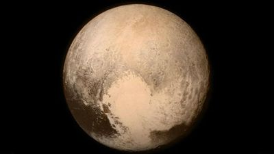 <p>The last image taken by NASA's New Horizons spacecraft before the flyby. (NASA)</p>