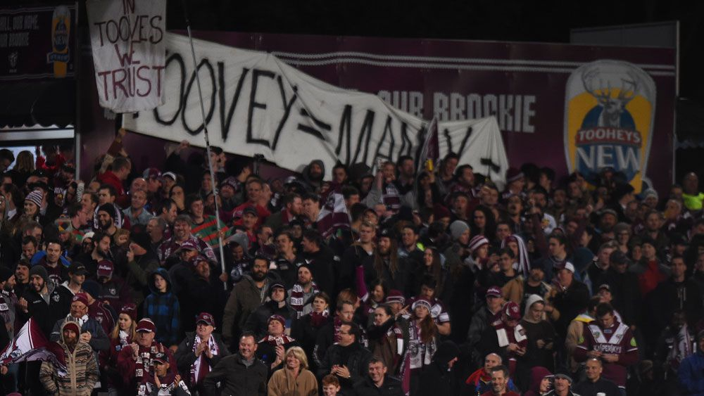 Fans on the Brookvale Oval's famous hill. (AAP)