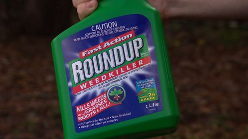 The Australian Cancer Council are calling for a review into the use of popular weed killer Roundup over cancer concerns.