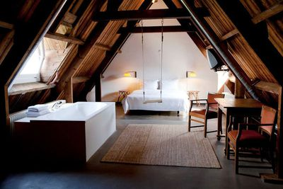 """<strong><a href=""""http://www.lloydhotel.com/"""">Netherlands: Lloyd Hotel</a></strong>"""