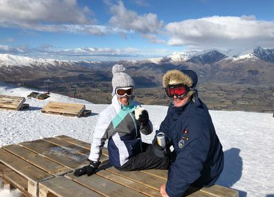 Coronet Peak, drinks at the top of the mountain.