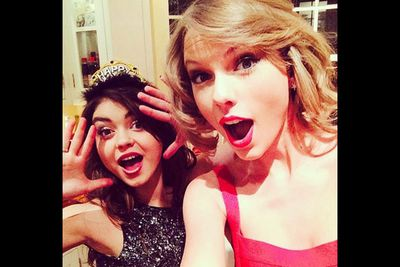 """@taylorswift: """"@therealsarahhyland RINGING IN 2014."""""""