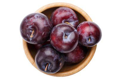 Whole plums: 10g sugar per 100g