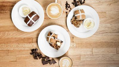 "That Australia wide and well known cafe chain <a href=""http://www.shingleinn.com/"" target=""_top"" draggable=""false""><strong>The Shingle Inn</strong></a> has upped it's game on the hot cross bun front. While their traditional and chocolate varieties have their fans, this year we'll also be seeing a gluten free hot cross bar. There's no need for anyone to be left our when you go out for a bun and a coffee. &nbsp;"