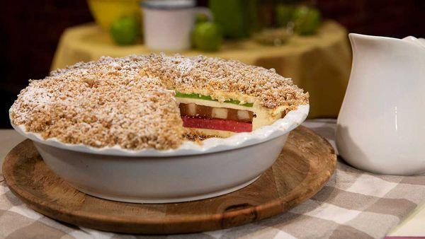 Anna Polyviou's (not so humble) apple pie