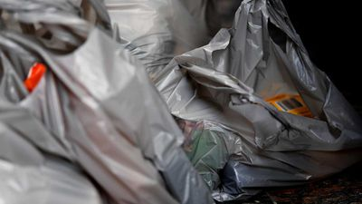 NSW under pressure after Victoria bans single-use plastic bags
